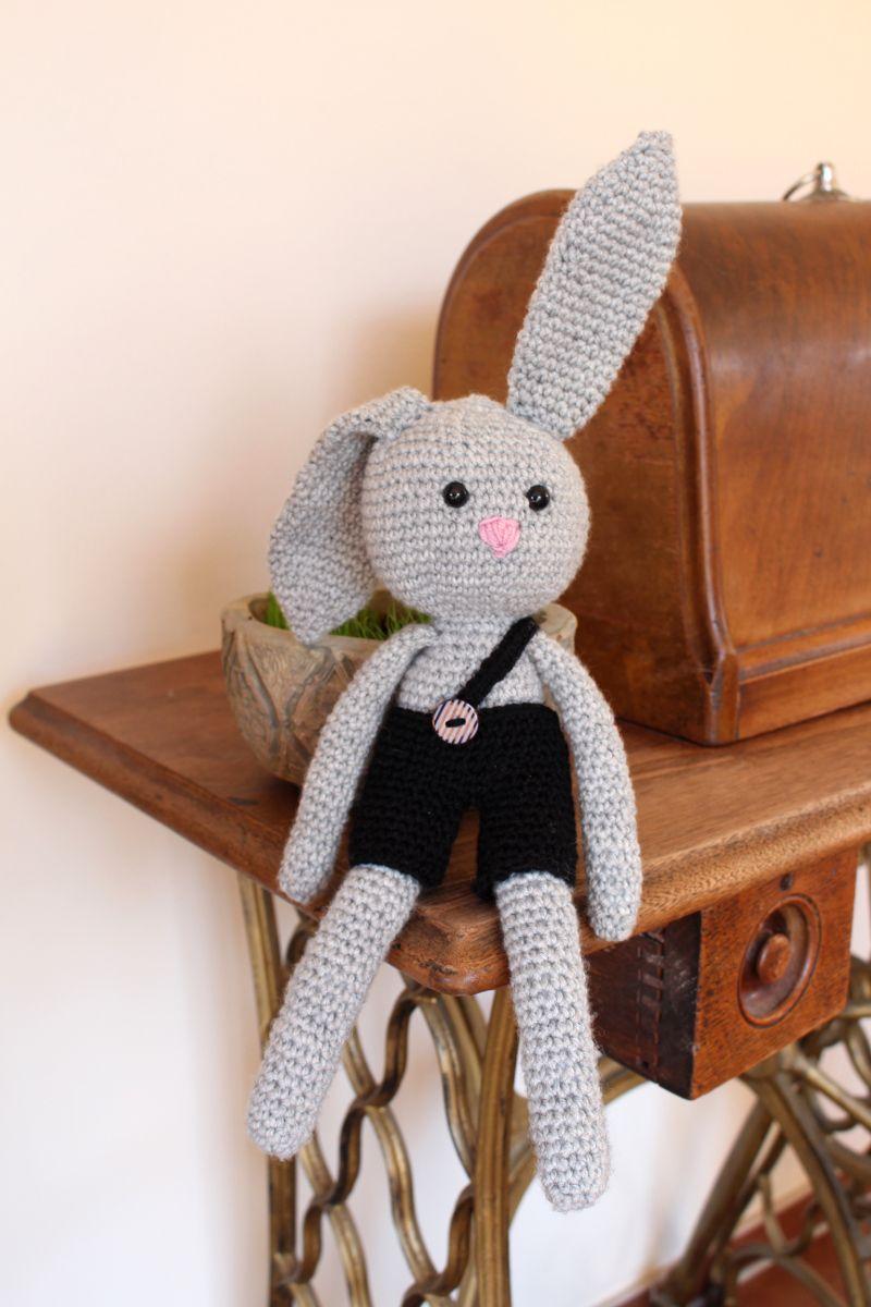Photo of Ostern steht vor der Tür – Theo der Hase freut sich darauf