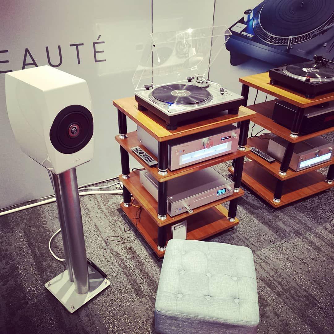 Chez Technics France Sur Le Salon Parisavshow Audiophile Platinevinyle Instahifi Hifi Hifistagram In 2020 Drafting Desk Home Decor Decor