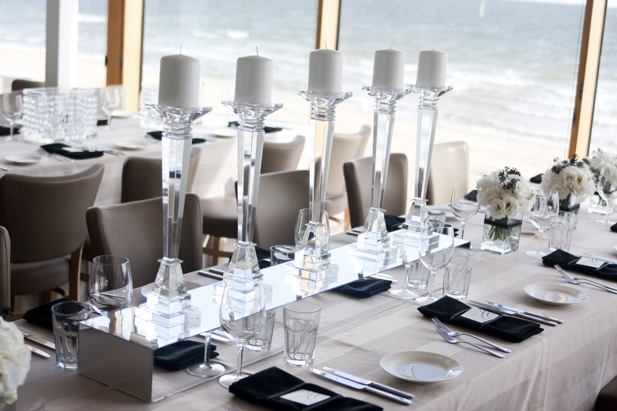 Table Art centrepiece - crystal candlesticks & mirror box table ...