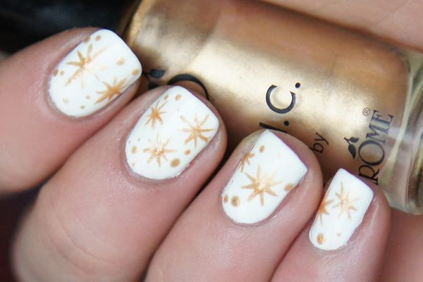NOTD: Christmas Stars | Beauty Before Breakfast