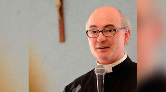 P. José Antonio Fortea.¿Cómo acrecentar la devoción de un sacerdote en Misa? Consejos de exorcista Fortea en nuevo libro