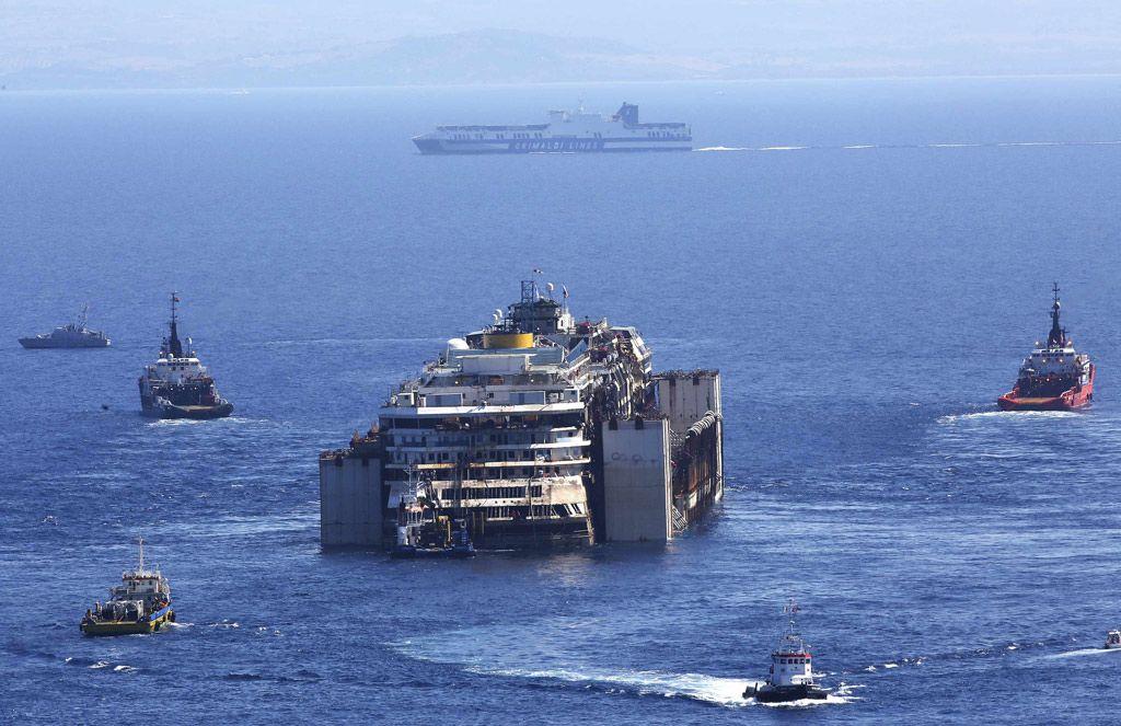 MSN産経フォト  The last voyage to die Italian luxury liner !!!