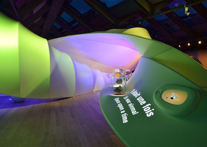 Nestlé exhibition area by Tinker Imagineers, Vevey u2013 Switzerland - pose papier a peindre