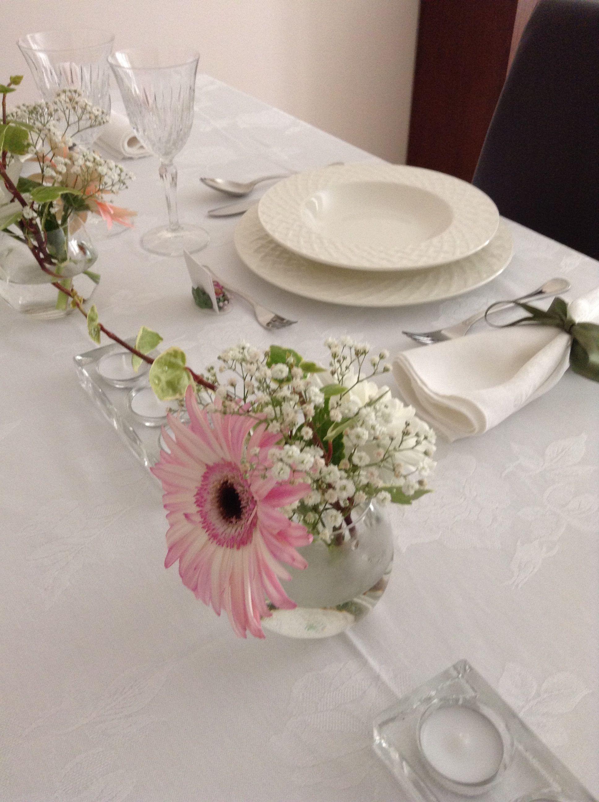 Fresh Flower Arrangement In Stemless Wine Glasses Inexpensive