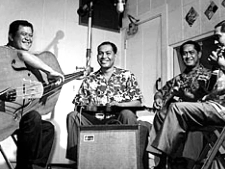 He'eia - Gabby Pahinui and The Sons of Hawaii