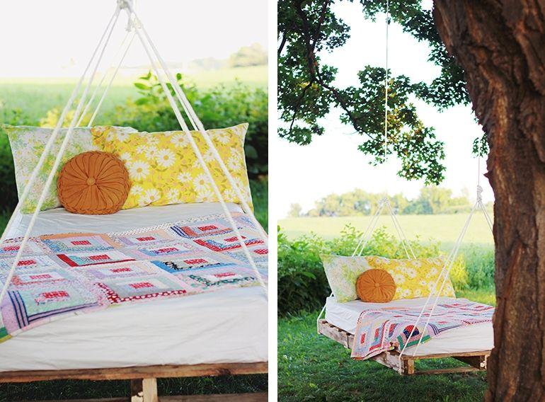 swinging pallet beds fotos mit freundlicher genehmigung von manda toys. Black Bedroom Furniture Sets. Home Design Ideas