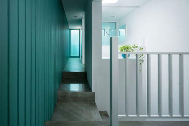 Minimalist Japanese Architektur Innen House Design: Blauen Wand In Dem Kleinen Haus In Japan ~  Architektur Inspiration