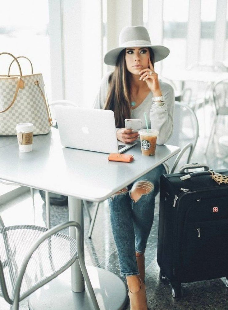 Cute Airport Outfit Idea Fall 2018 Pinterest Emily Gemma Airport Travel Fashion Outfit Idea Travel In 2020 Fashion Travel Outfit Airport Outfit Cute Airport Outfit