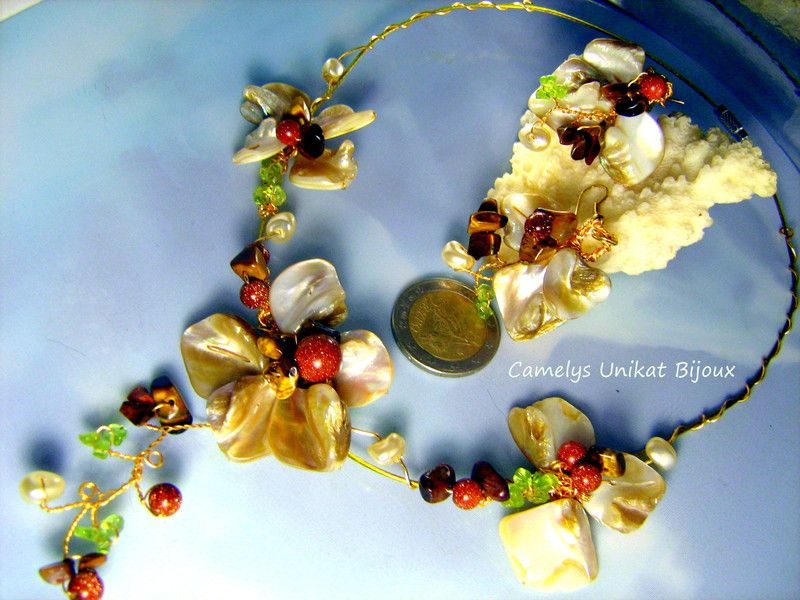 Jewelry+floral+Set+with+Nacre,+Gems,+Wire+wrap+from+ ...
