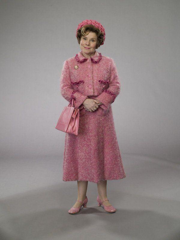 Inspo For A Dolores Umbridge Costume Harry Potter Umbridge Harry Potter Costume Harry Potter Cosplay