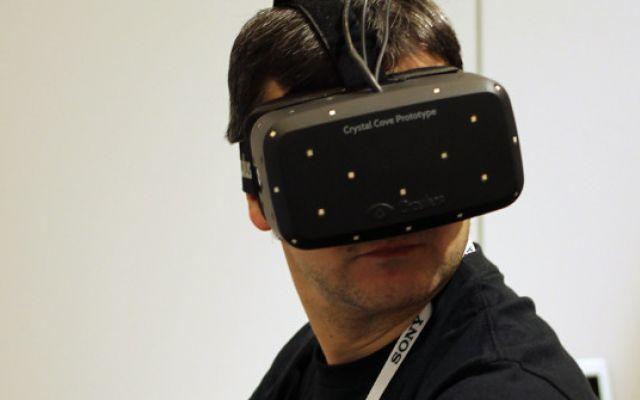 Facebook acquista Oculus per 2 miliardi: games, social e sesso virtuali? #oculus #faccebook #sesso