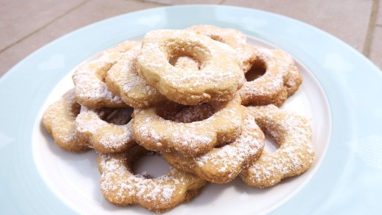 Keto sugar free italian canestrelli biscuits low carb