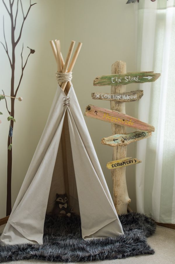 The Pinterest 100: Cozy, woodland-themed nurseries are huge right now (up 97%), featuring tree wall decals and wood accents. Gender-neutral nurseries, last year's favorite, are down 90%.