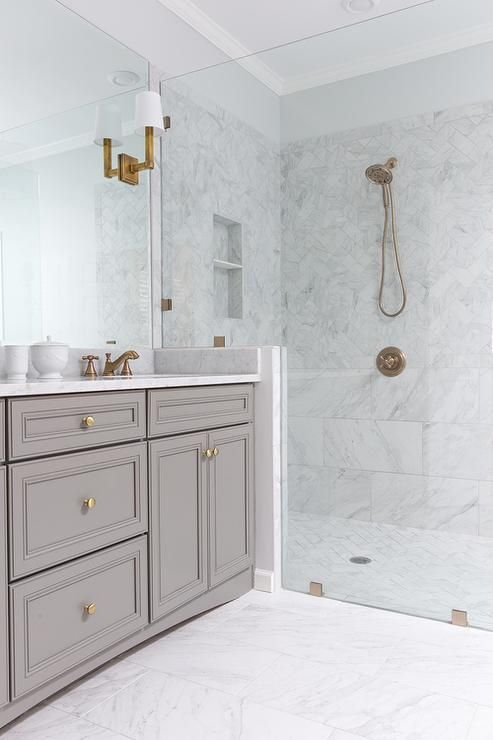 White Porcelain Marble Like Bathroom Tiles Contemporary Bathroom Benjamin Moore Chelsea Luxury Bathroom Master Baths Bathroom Inspiration Bathroom Design