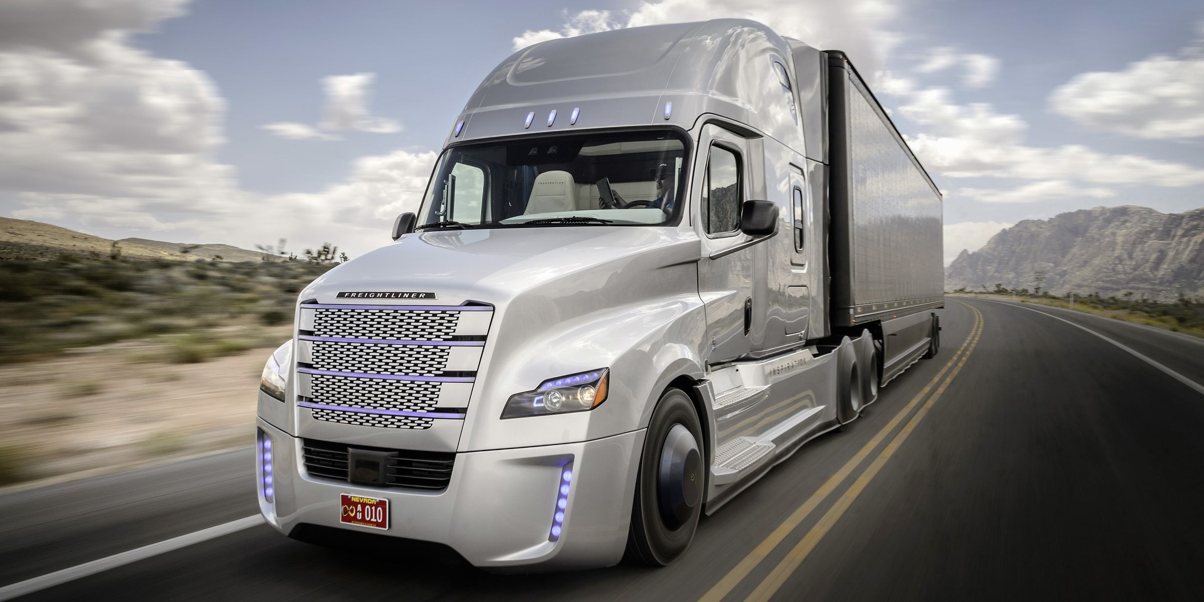 Freightliner Inspiration The self driving big rig in photos