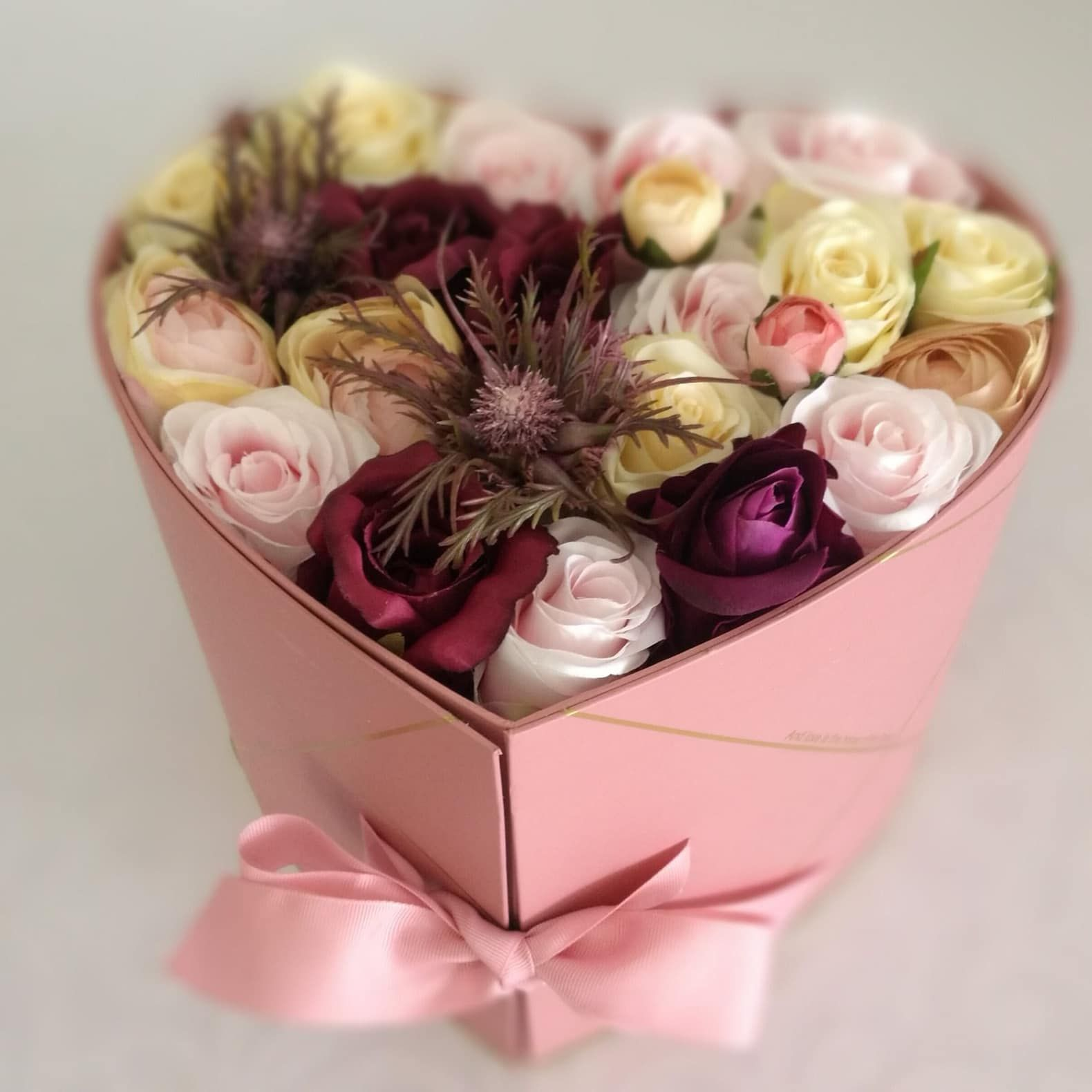 Flower Box Serce Z Kwiatami Swiateczne Atelier Flower Boxes Flower Gift Diy Gifts