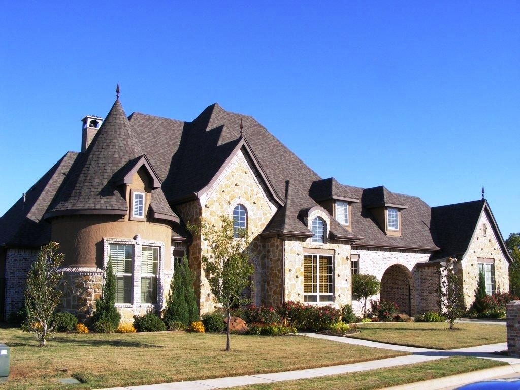 300 000 homes in fort worth texs homes breathless for Beautiful medium houses