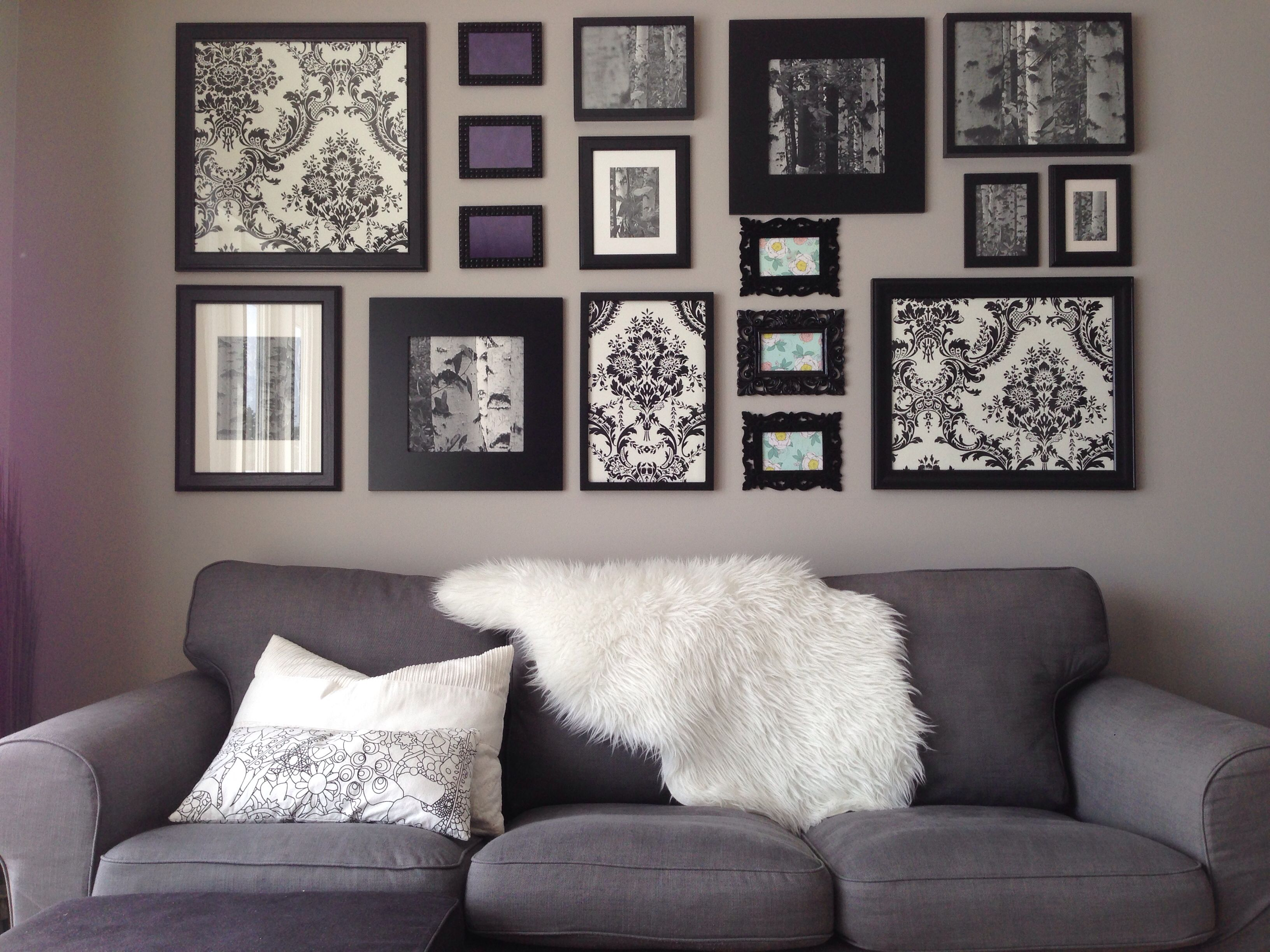 Une décoration de salon qui fait un rappel de chaque pièce de la maison. J'adore la touche turquoise!!
