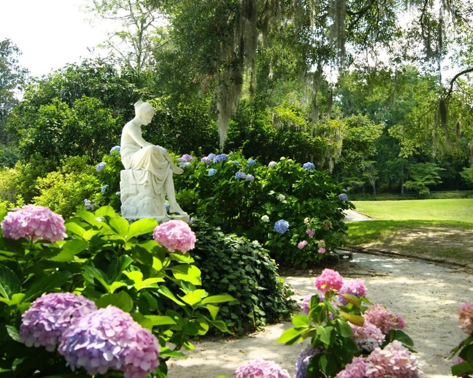 Take a virtual tour of Charleston's Middleton Place, America's oldest landscaped garden.