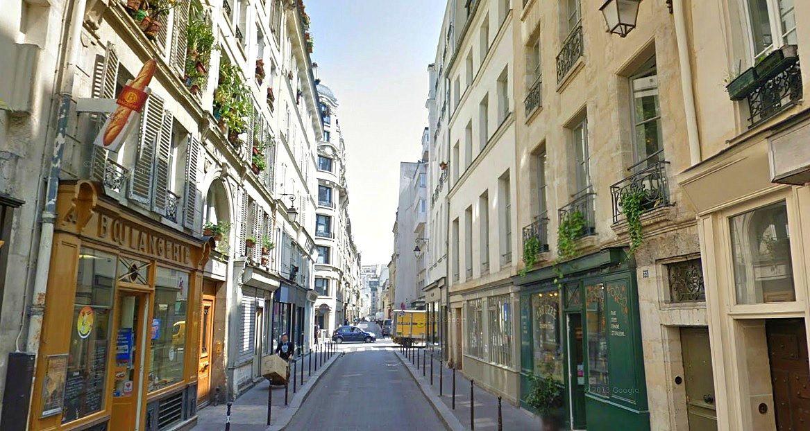 Luxury 3 bedroom and 2 bathroom apartment on rue ...