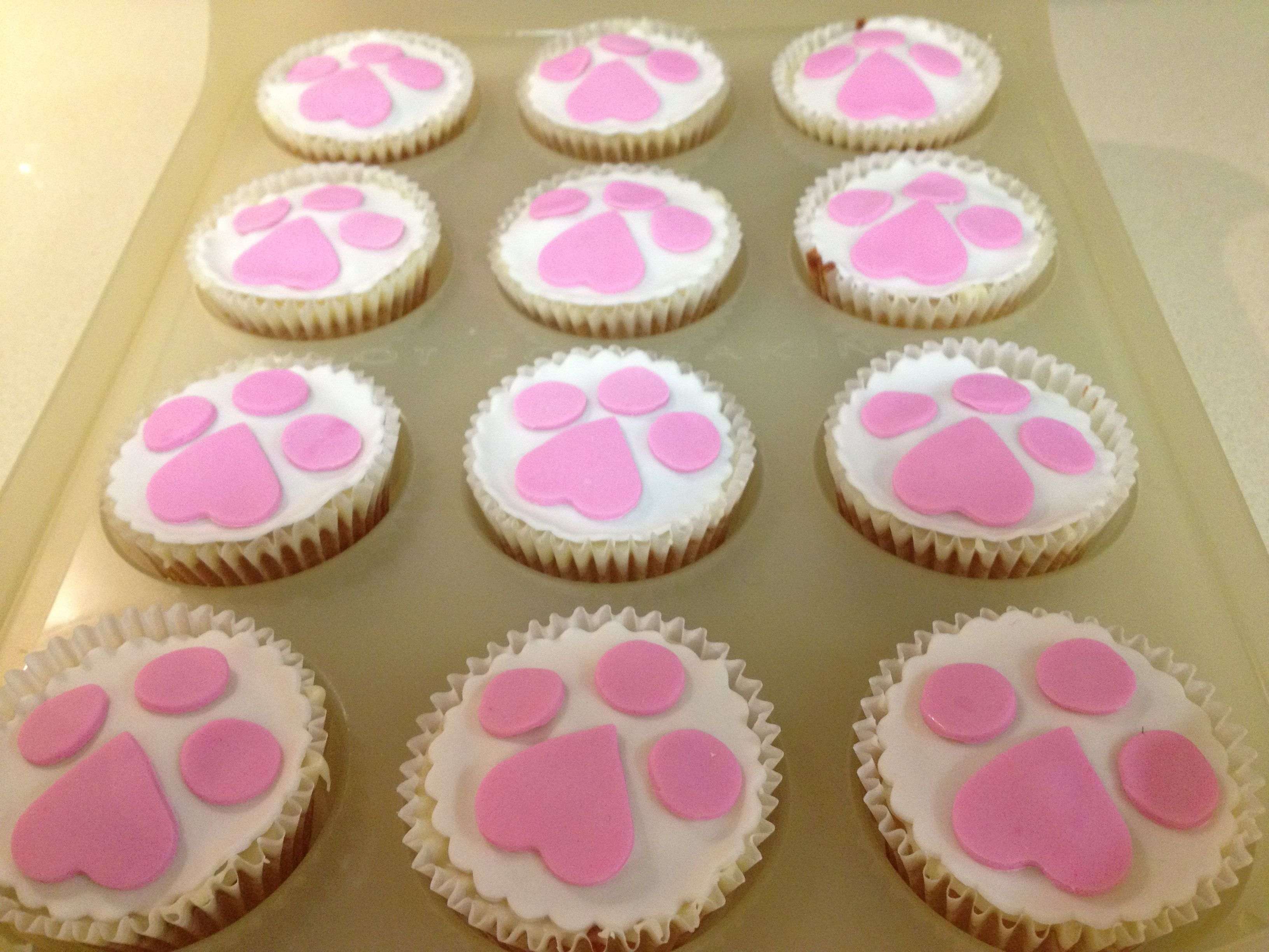 Doggy paw cupcakes