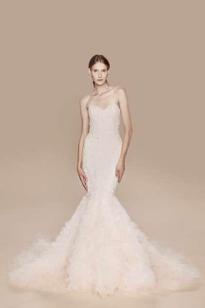 Finden Sie ein Brautkleid mit Herzausschnitt – Verspielter Style am ...