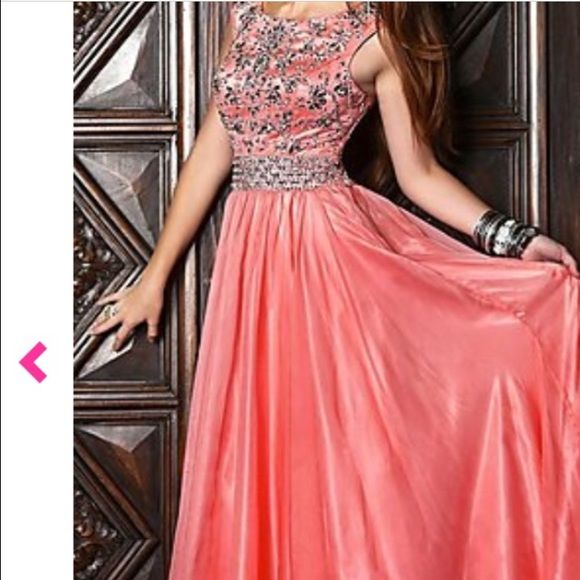 Prom dress never worn | Peach prom dresses, Prom and Size 12
