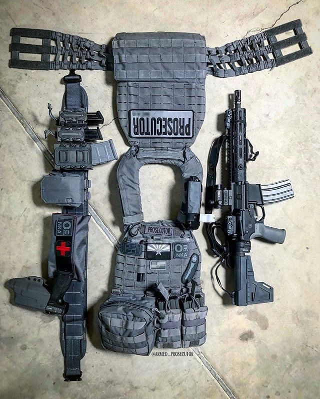 Our buddy running our kit on his War belt. @armed_prosecutor ...