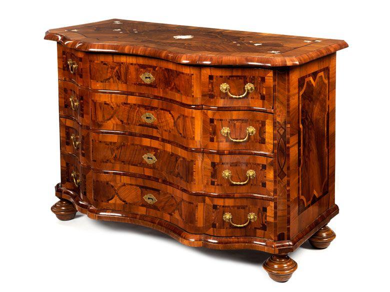 Braunschweiger Barock Kommode In 2020 Antique Restoration Historical Items Antique Furniture