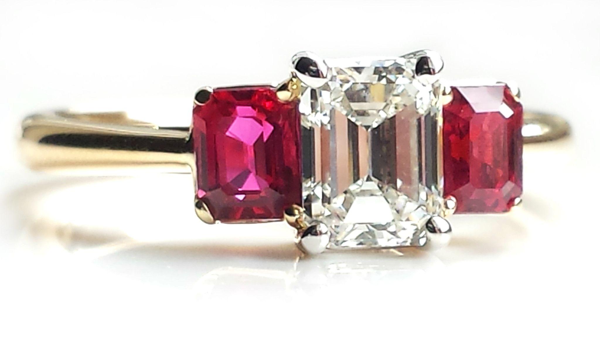 8fc64dd95c770 Tiffany & Co. 1.37tcw I/VVS2 3 Stone Emerald Cut Diamond & Ruby ...