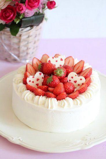 お誕生日の苺ショートケーキ パンとスイーツのない人生なんて スイーツ ケーキ 素敵なケーキ