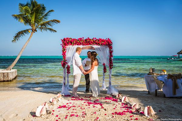 Just The Two Of Us Wedding In Belize Photo By Jose Luis Zapata Beachfront Weddings Wedding Package Honeymoon Photos