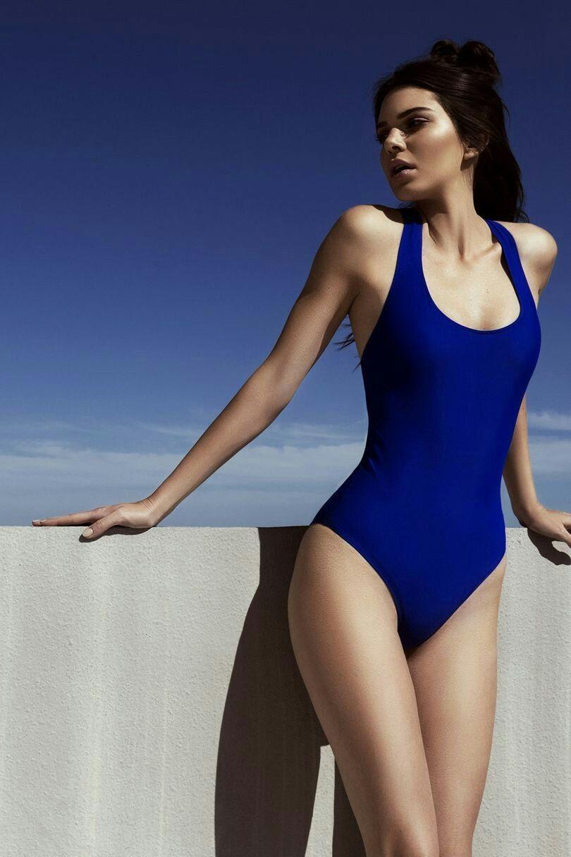 e8c8cbe0b5 Kendall Jenner | Blue One Piece | Kendall Jenner | Kendall jenner ...
