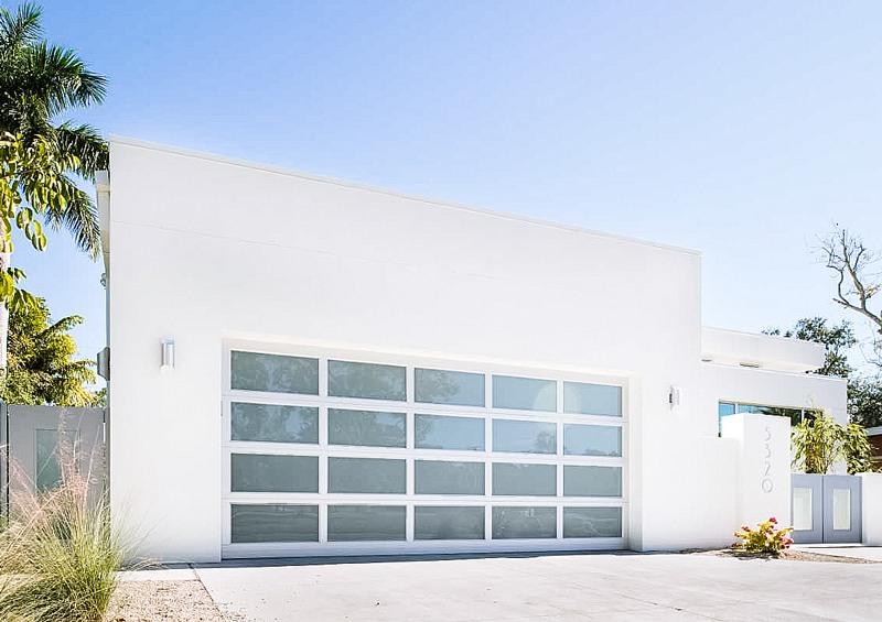 Sarasota Photo Gallery Of Garage Door Styles In Southwest Florida Garage Door Styles Garage Doors Florida Home