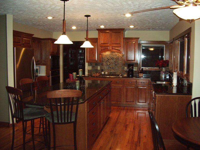 Kitchen Island Pendant Light Fixtures | Four Light Fixtures for Your Kitchen | Modern Kitchens