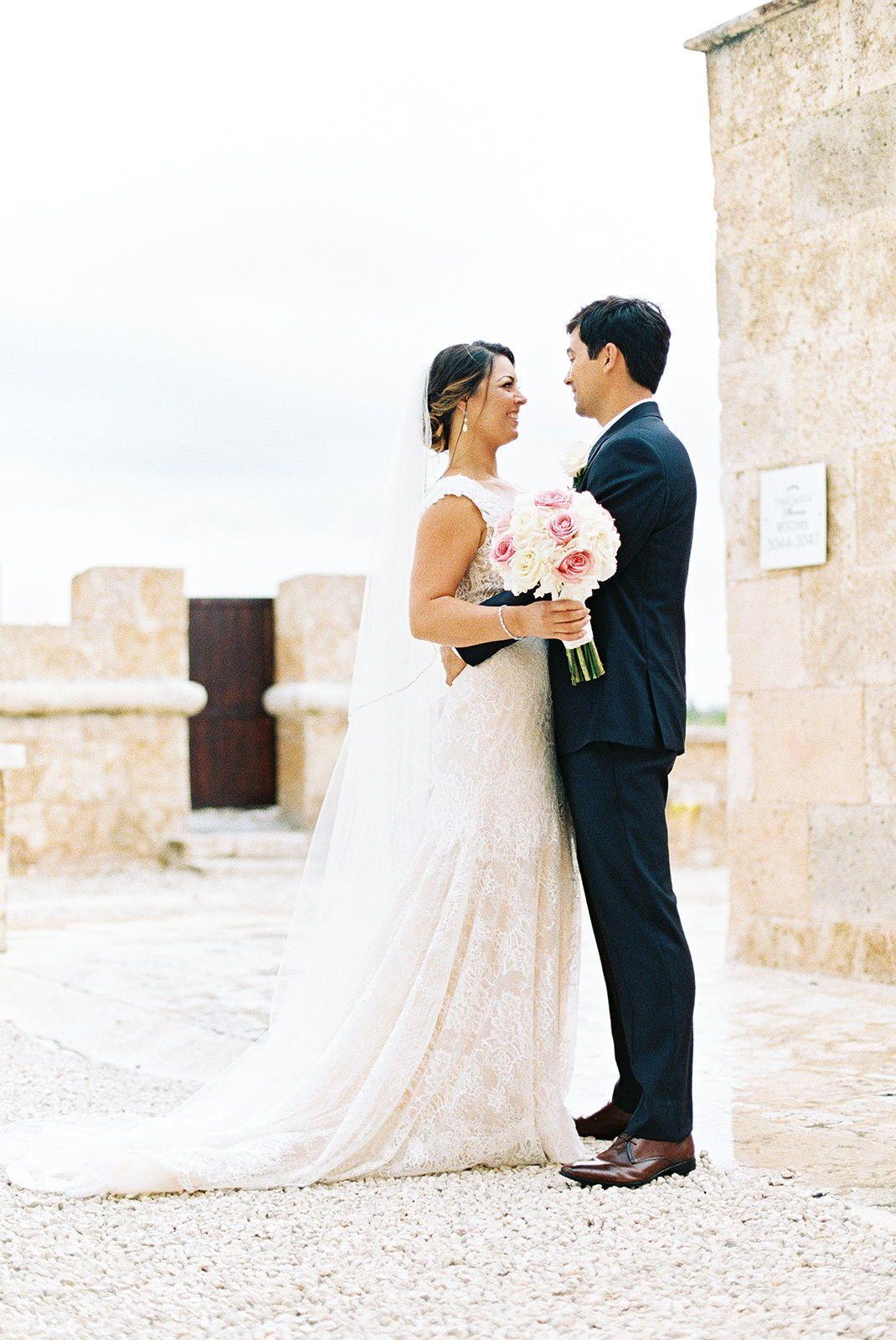 A Dreamy Seaside Destination Wedding at the Sanctuary Cap