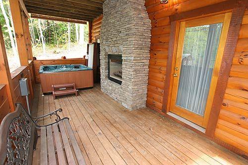 Holly S Haven Log Cabin In Gatlinburg Tn Gatlinburg Cabins Gatlinburg Cabin