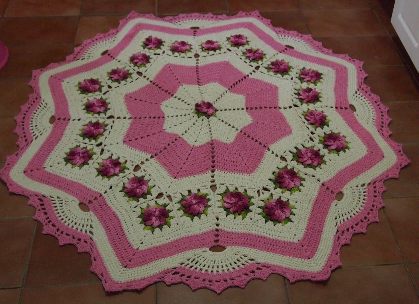 Os Croches Da Elsa Tapete Redondo Estrela Com Flores Cata Vento