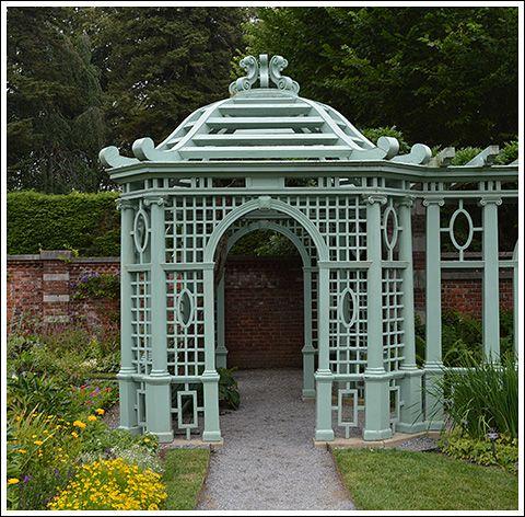 Old westbury gardens gardens jardines pergolas for Cenador de jardin