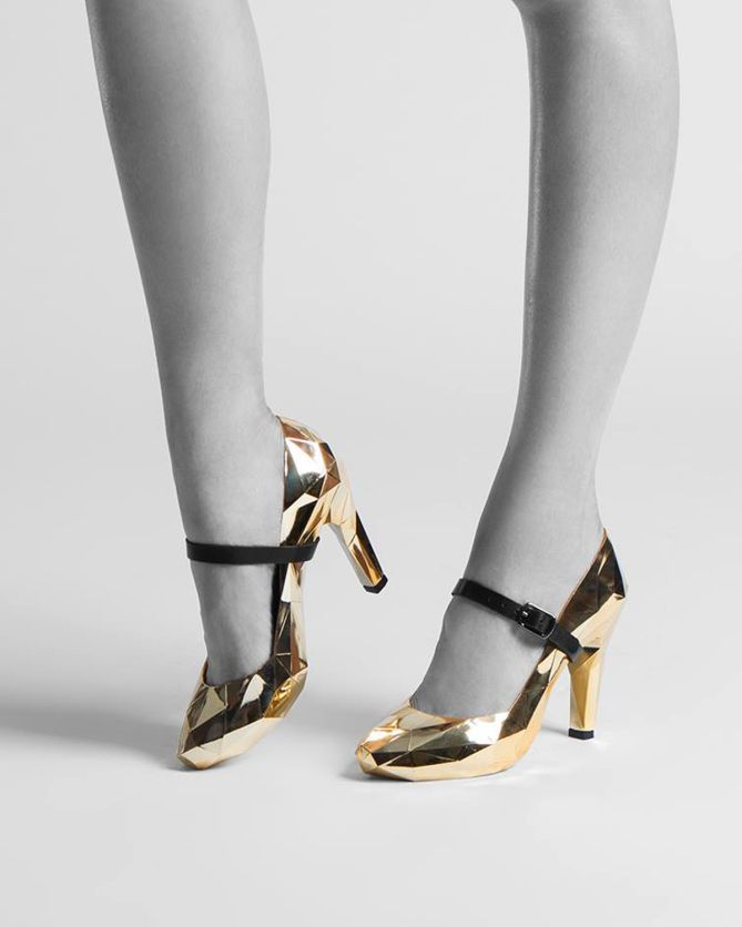 United Nude Lo Res Pump Gold Chromed | Buy ➜ http://shoespost.com/united-nude-lo-res-pump-gold-chromed/