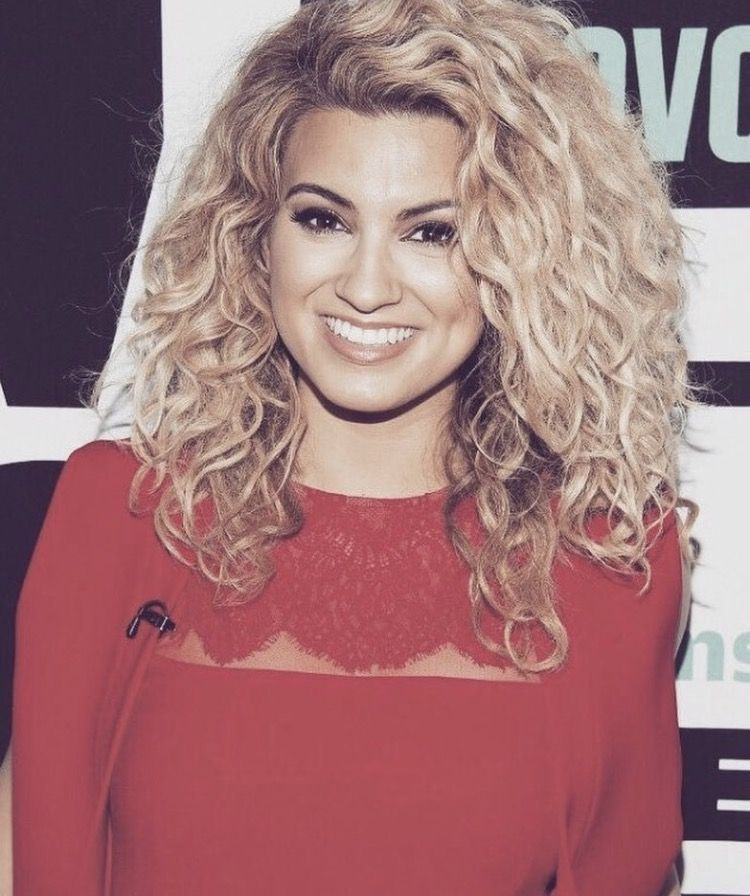 Tori Kelly Hair Goals With Images Tori Kelly Hair Curly Hair