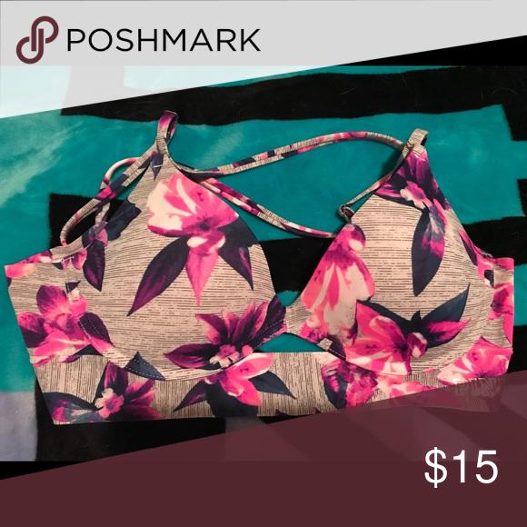 9e9498ff37bd0 PINK bonded push up bra Size medium excellent condition PINK Victoria s  Secret Intimates   Sleepwear Bras