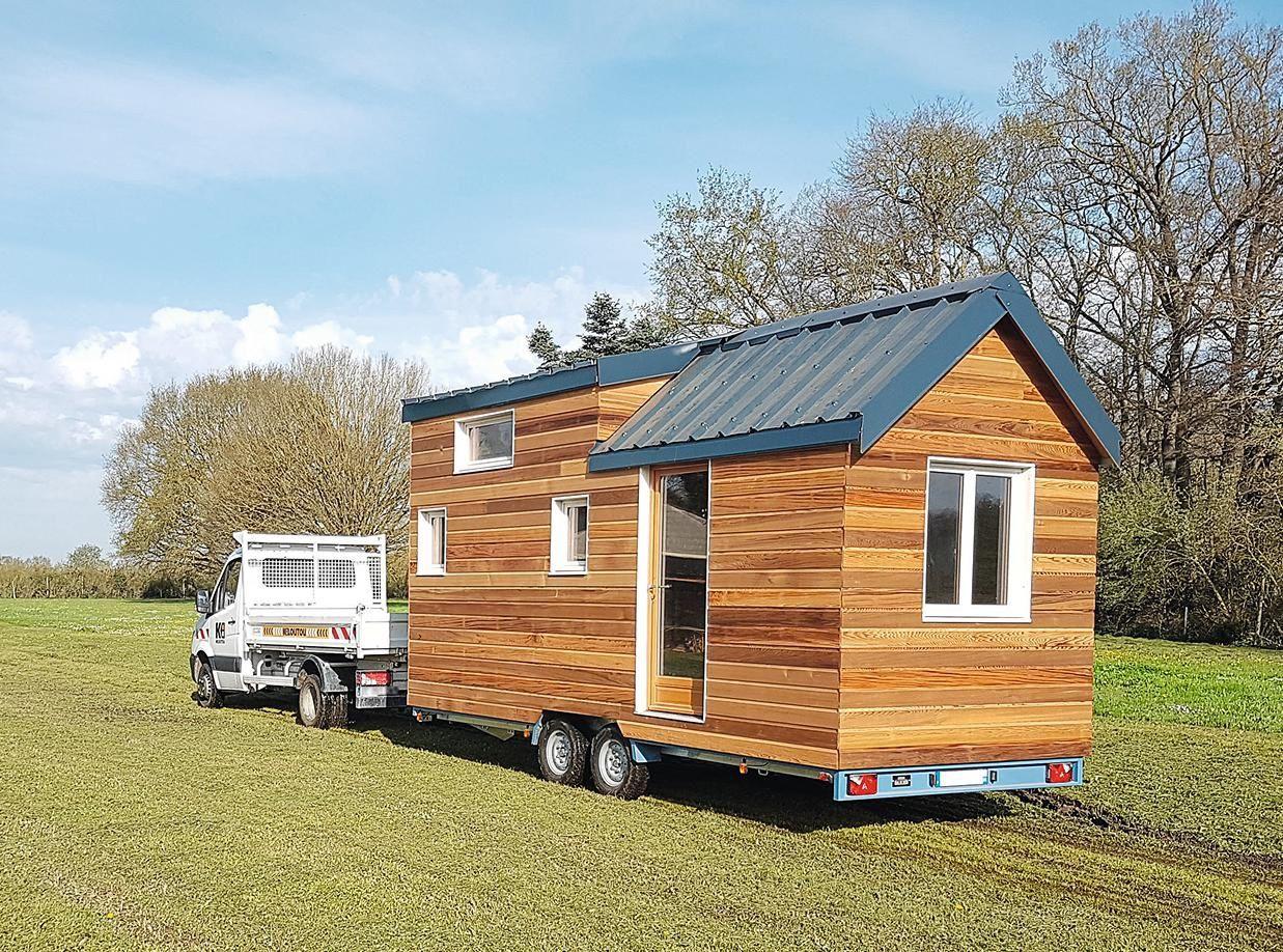 construire une minimaison facon tiny house sur mesure construction bois maison modulable toiture metallique