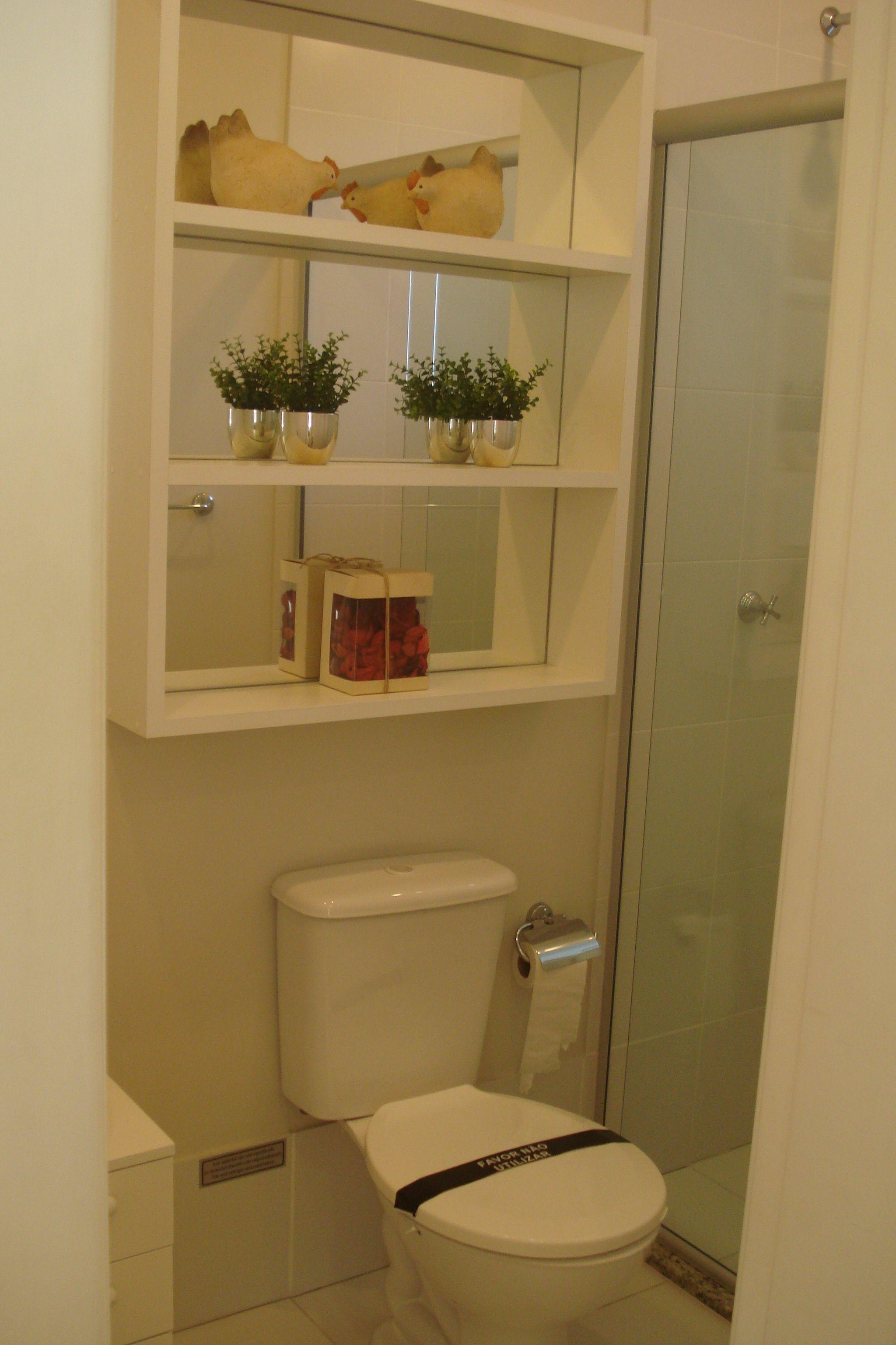 prateleiras no banheiro  Banheiros  Pinterest  Prateleiras e Banheiros -> Decoracao De Banheiro Com Prateleiras De Vidro