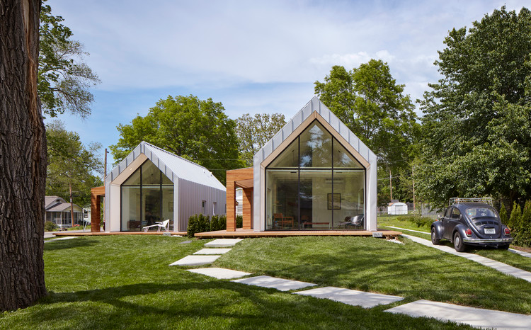 The Houses On Oak Hill Avenue Studio 804 Archdaily In 2020 Sustainable Design Architecture Architecture House