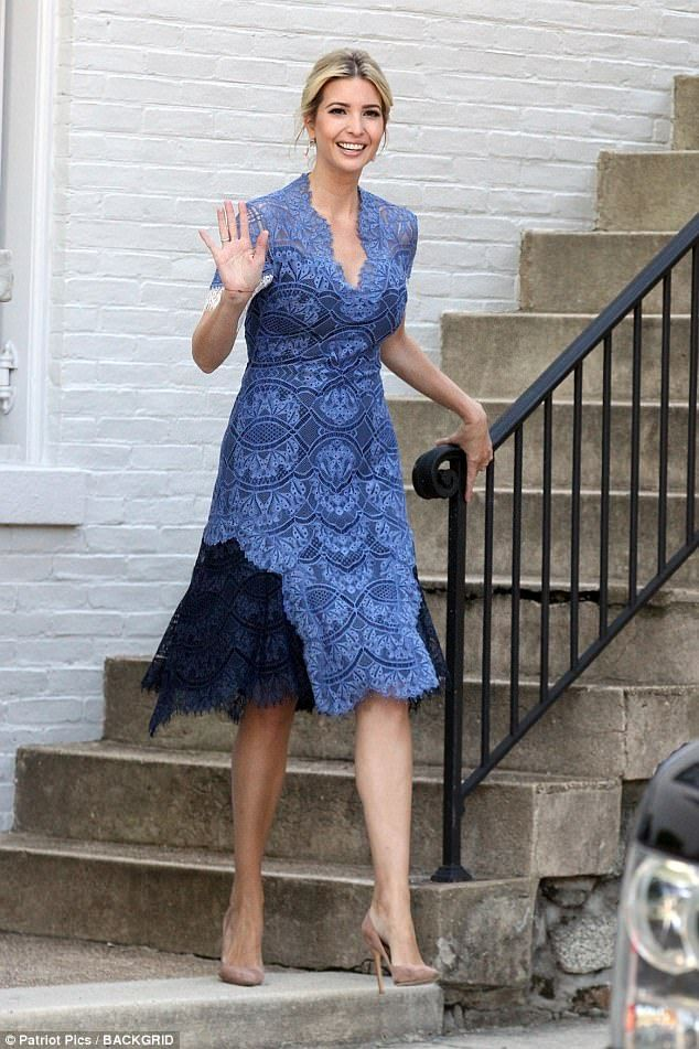 ivanka trump stuns in an elegant blue lace dress 憧れ dresses