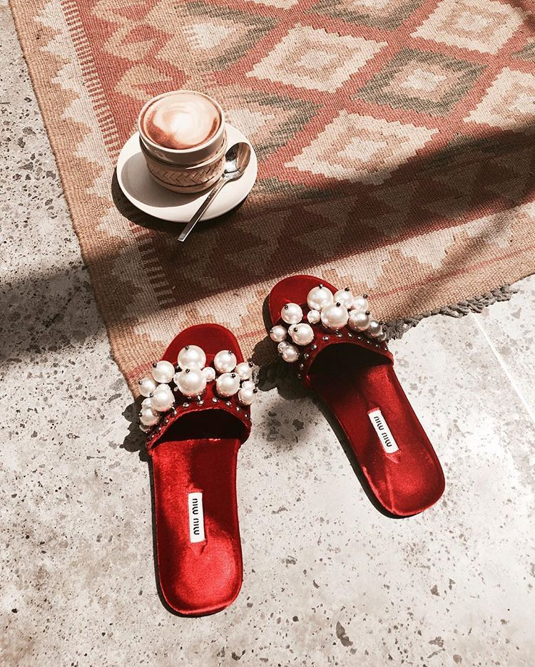 #jimsandkittys #miumiu #bismaeight #hotellife #hotel #miumiuslides #slides #velvet #life #slippers #redvelvet #love #bali #summer #fashion #coffee #ootd #carpet #interior #hotels #designhotel