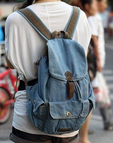 denim backpacks for fashion girls. #girls #backpacks #fashion www.loveitsomuch.com