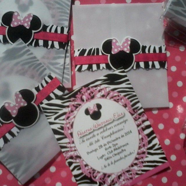 Tarjetas de invitación personalizadas. Tema: Minnie Mouse Animal ...