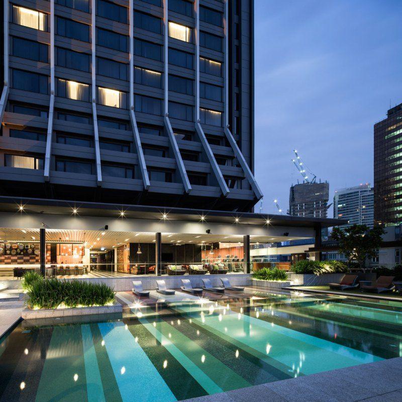Hotel Swimming Pool Design : Hilton sukhumvit double tree hotel landscape design